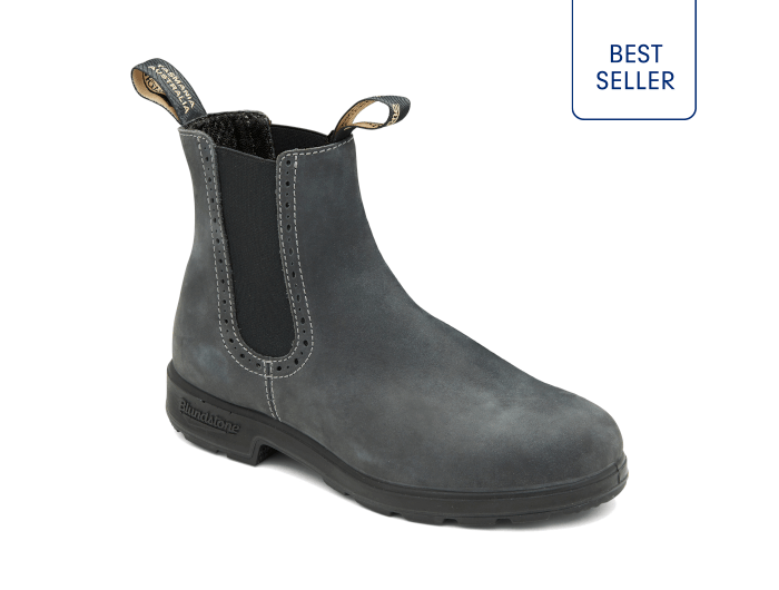Rustic Black Premium Leather Pull On Boots Women S Style 1630 Blundstone Usa With Images Boots Pull On Boots Womens Casual Boots