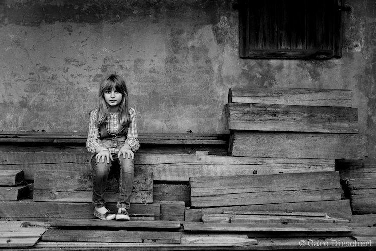 Das M U00e4dchen Das Geister Sieht Documentary Photography