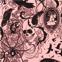 Tissu rose, corbeau, araignée, tête de mort, Alexander Henry