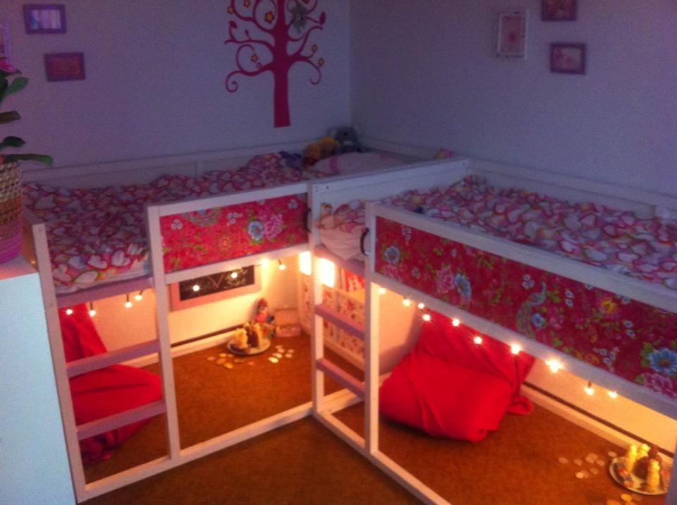 Painted ikea kura bed add wallpaper and christmas lights for Ikea kids loft bed
