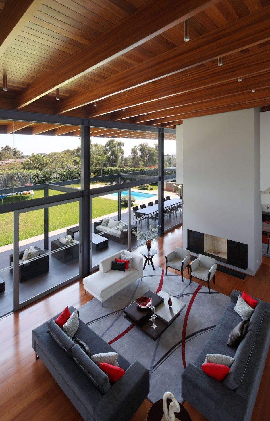 a look at the layout of the living room in a home in peru ideas rh pinterest com