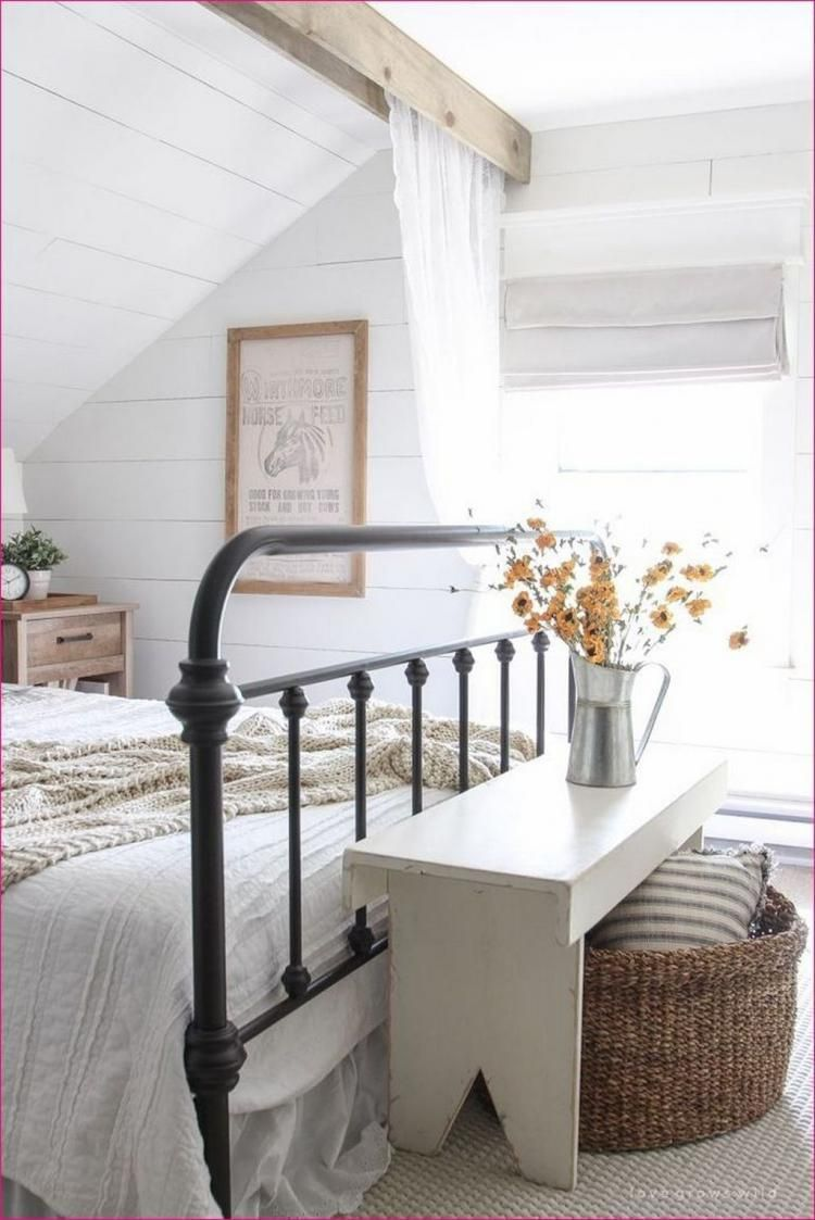 60 Romantic Rustic Farmhouse Master Bedroom Decorating