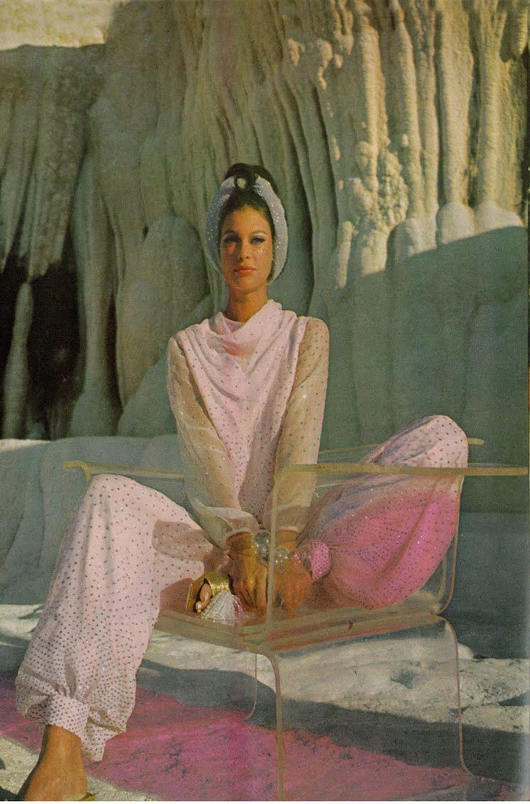Antonia And Sveva By Henry Clarke Vogue 1966