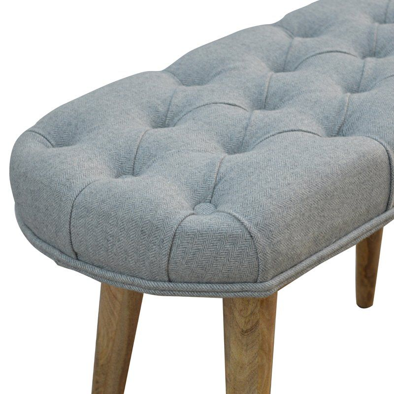 Upholstered Bedroom Bench With Images Upholstered Bench Bedroom Classic Home Furniture Upholster