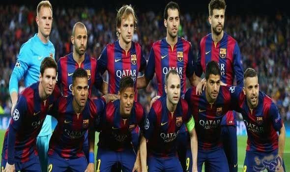 الاتحاد الإسباني يعاقب فريق فالنسيـا ويحذر لاعبي برشلونـة Sports Soccer Field Soccer