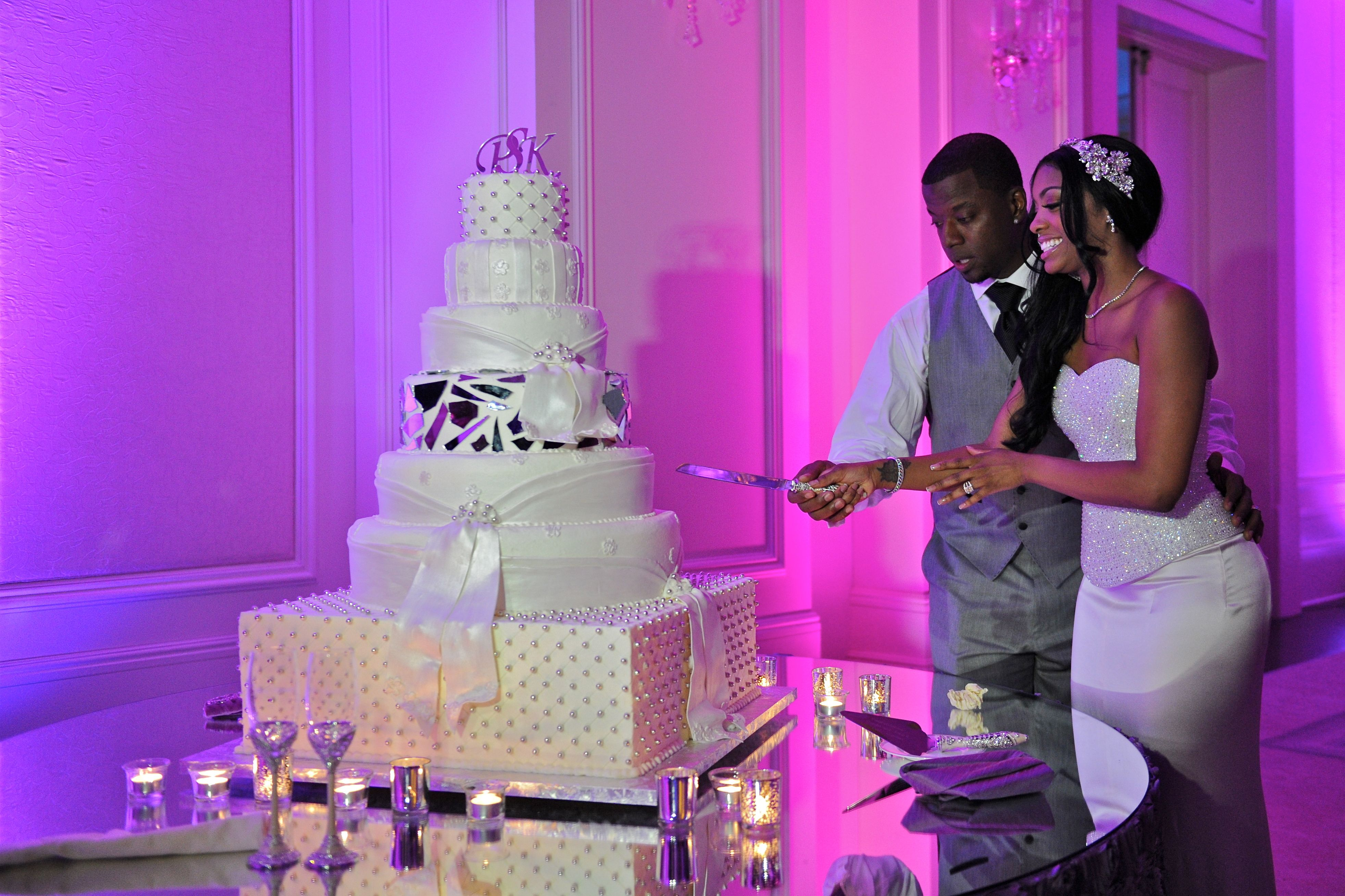 black white purple wedding reception%0A Wedding cake
