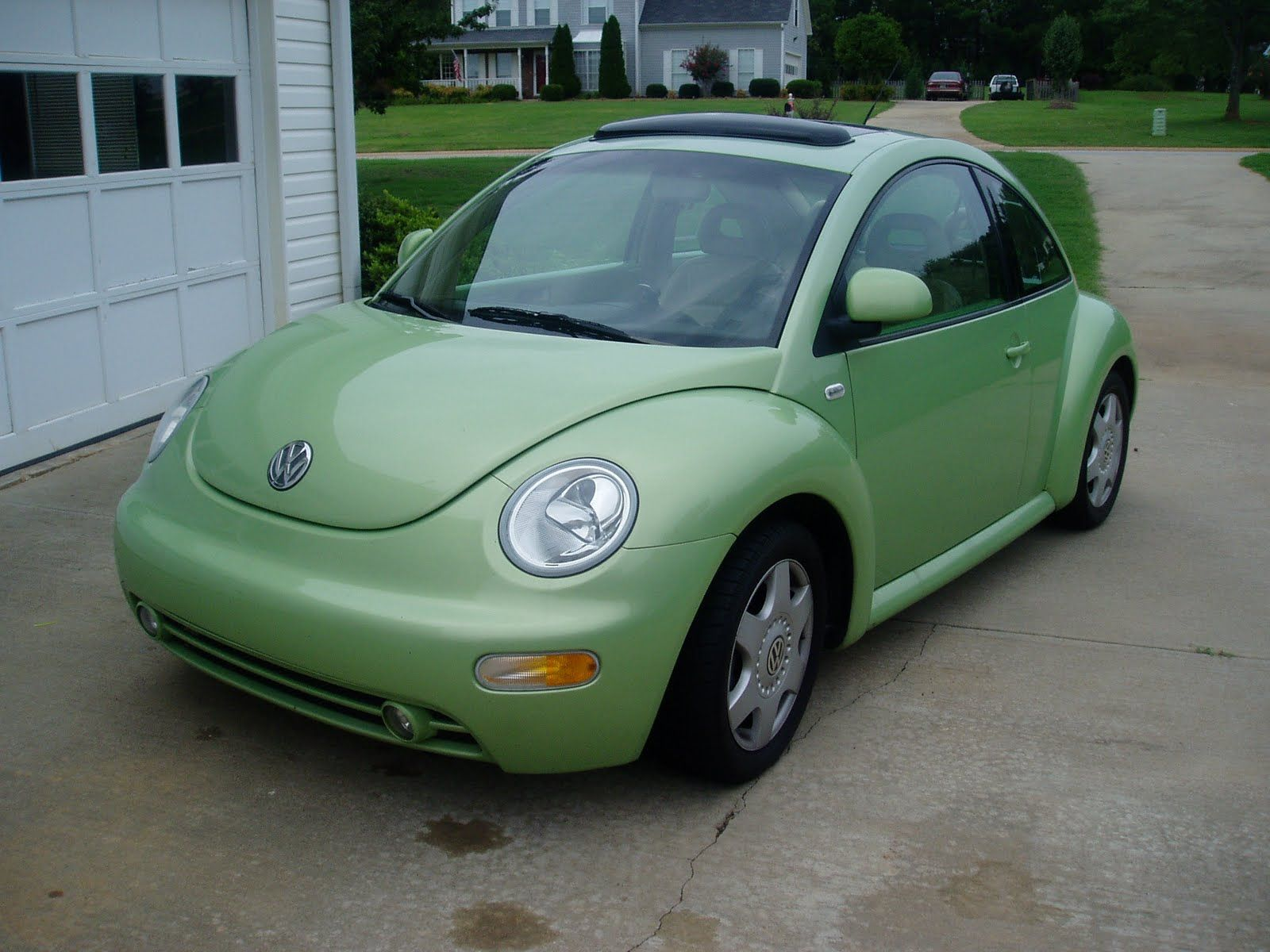 Lime Green Volkswagon Beetle Stick Shift Also Want A Sun Roof And Black Heated Leather Seats Ha