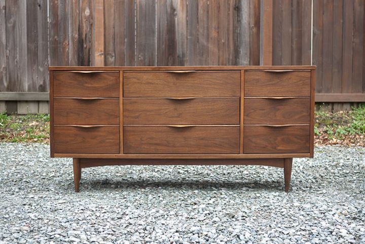 Mid Century Nine Drawer Lowboy Dresser Ward Furniture