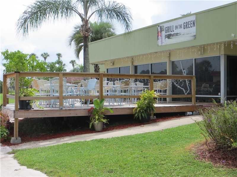 VISTA ROYALE 104 ROYAL OAK DR 106, Vero Beach, FL 32962