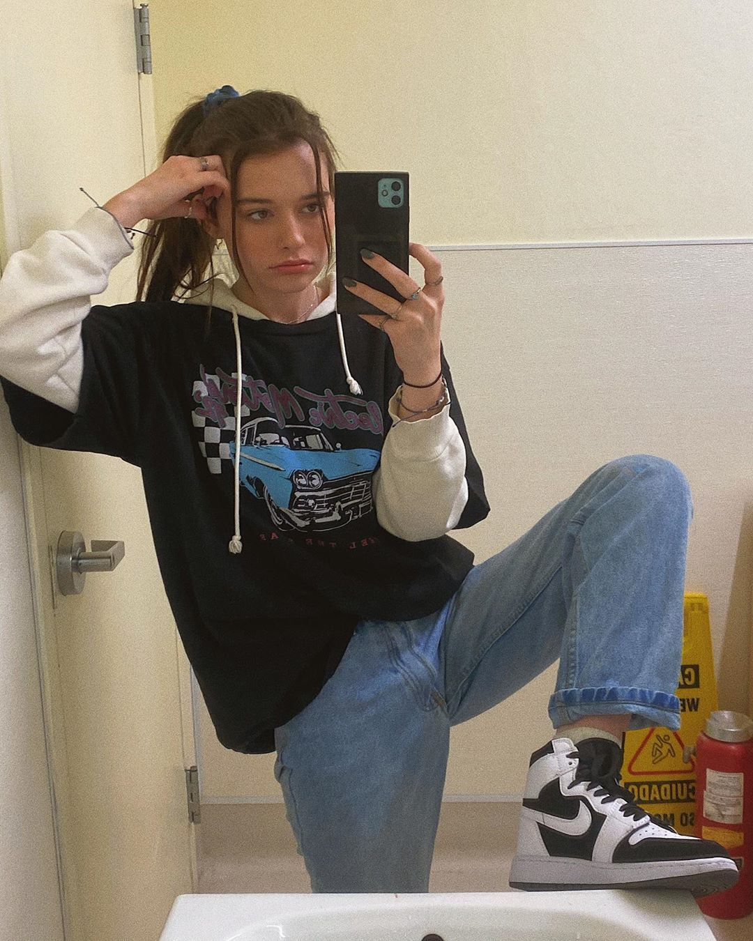 Avery Hodge On Instagram Just Showing Off My New Fav Shoes Don T Mind Me Hehe Fashion Inspo Outfits Clothes Fashion