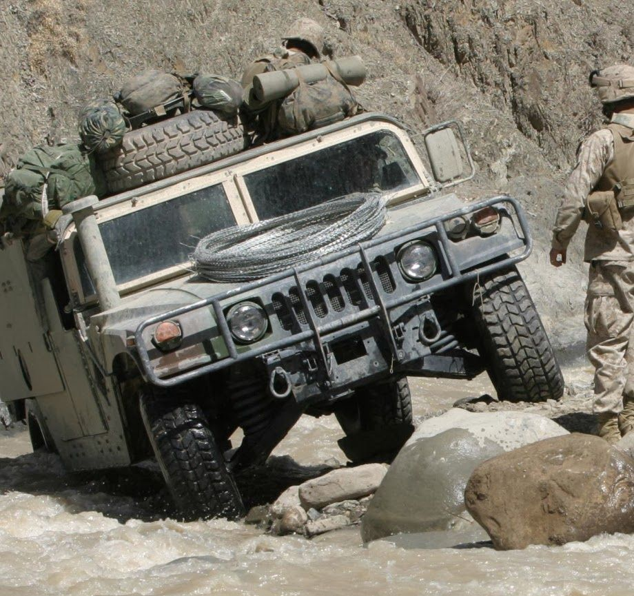 projects a 1 post 80 vehicles hummer military vehicles rh pinterest co uk