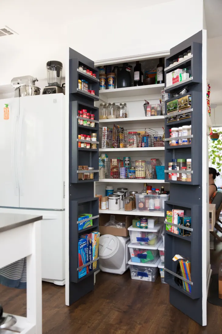 The 30 Most Brilliant Pantry Organizing Hacks Of All Time In 2020 Pantry Door Storage Small Kitchen Storage Pantry Storage