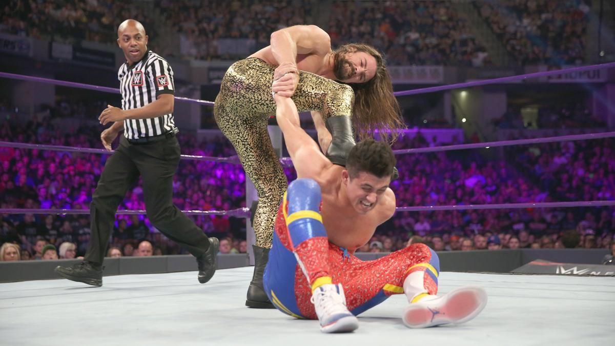 Photos: Perkins first Cruiserweight Title defense vs