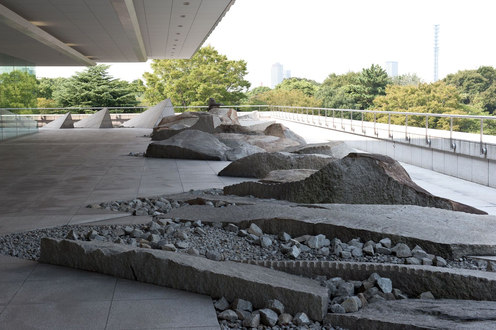 Canada 39 s hanging garden of stone in japan japan stone for Landscape architecture canada