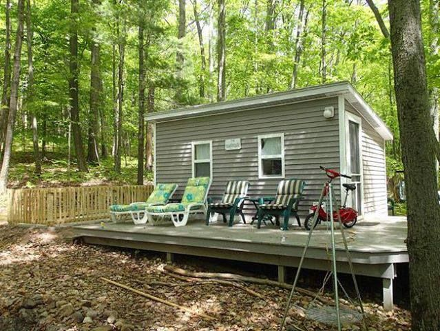 my tiny lake house tiny house listings shelter tiny homes rh pinterest com