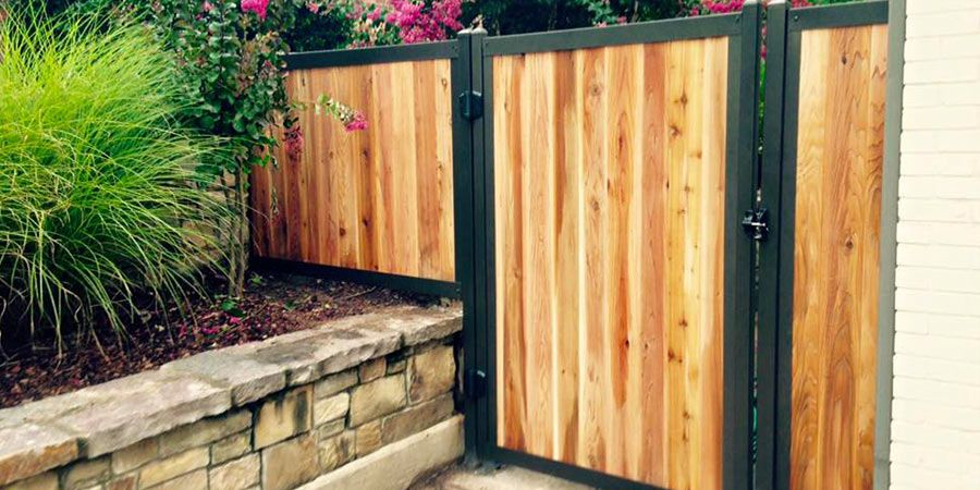 Privacy Fence With Metal Posts Frame Outlasts Wood In 2020
