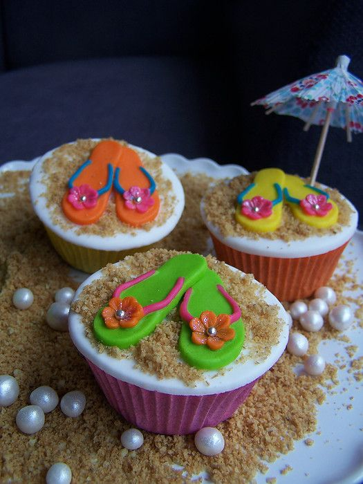 Summertime cupcakes!