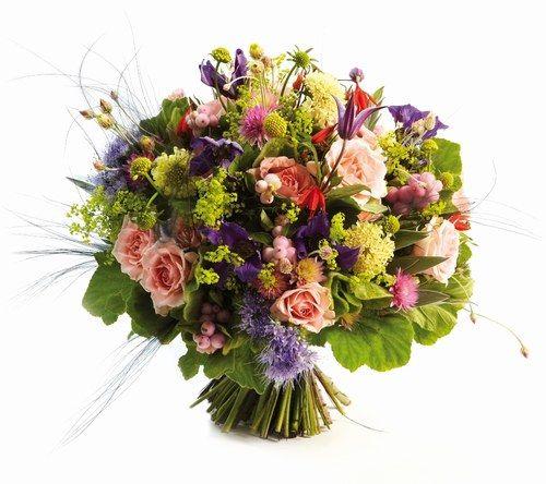 bouquet de fleurs des champs et de baies sweet wedding pinterest bouquet bouquets de. Black Bedroom Furniture Sets. Home Design Ideas