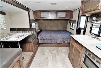 2018 coachmen apex nano 193 bhs travel trailer camping camper rh pinterest com