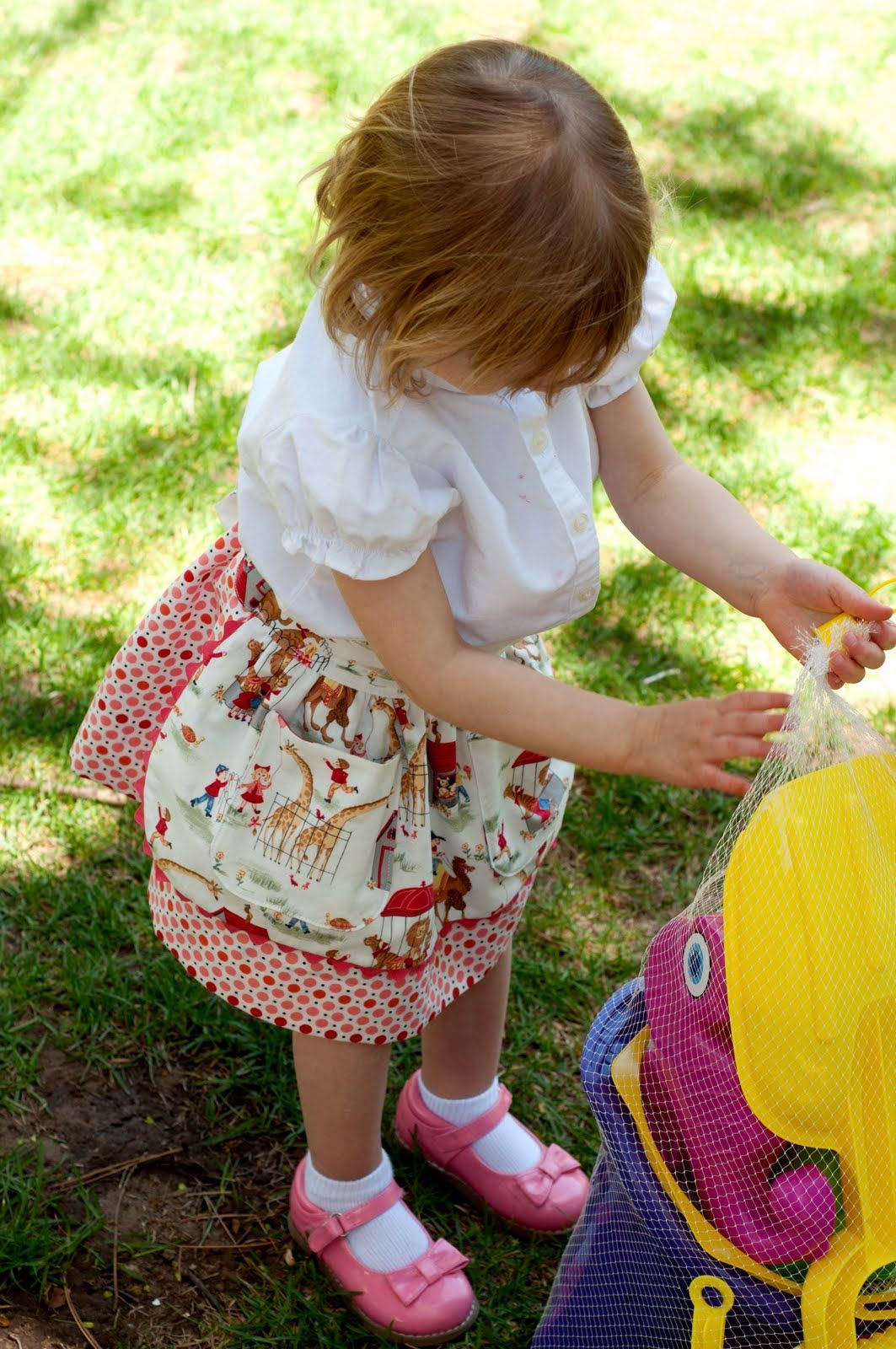 Aesthetic Nest: Sewing: Vintage Zoo Dirndl Skirt (Tutorial for a ...