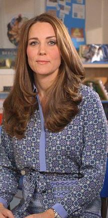 Who made  Kate Middleton's blue print dress?