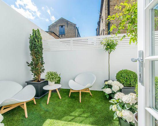 Small Garden Home Design Ideas, Renovations & Photos