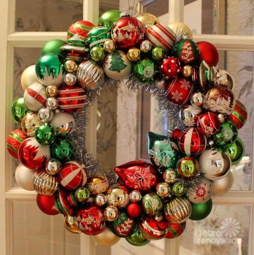 Ornament Wreaths Made From New Christmas Ornaments