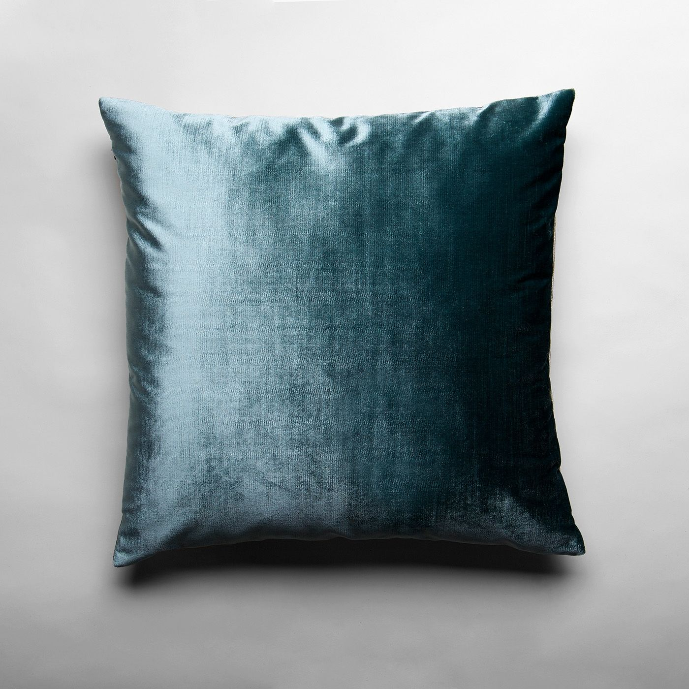Laurel Velvet Throw Pillow Cover