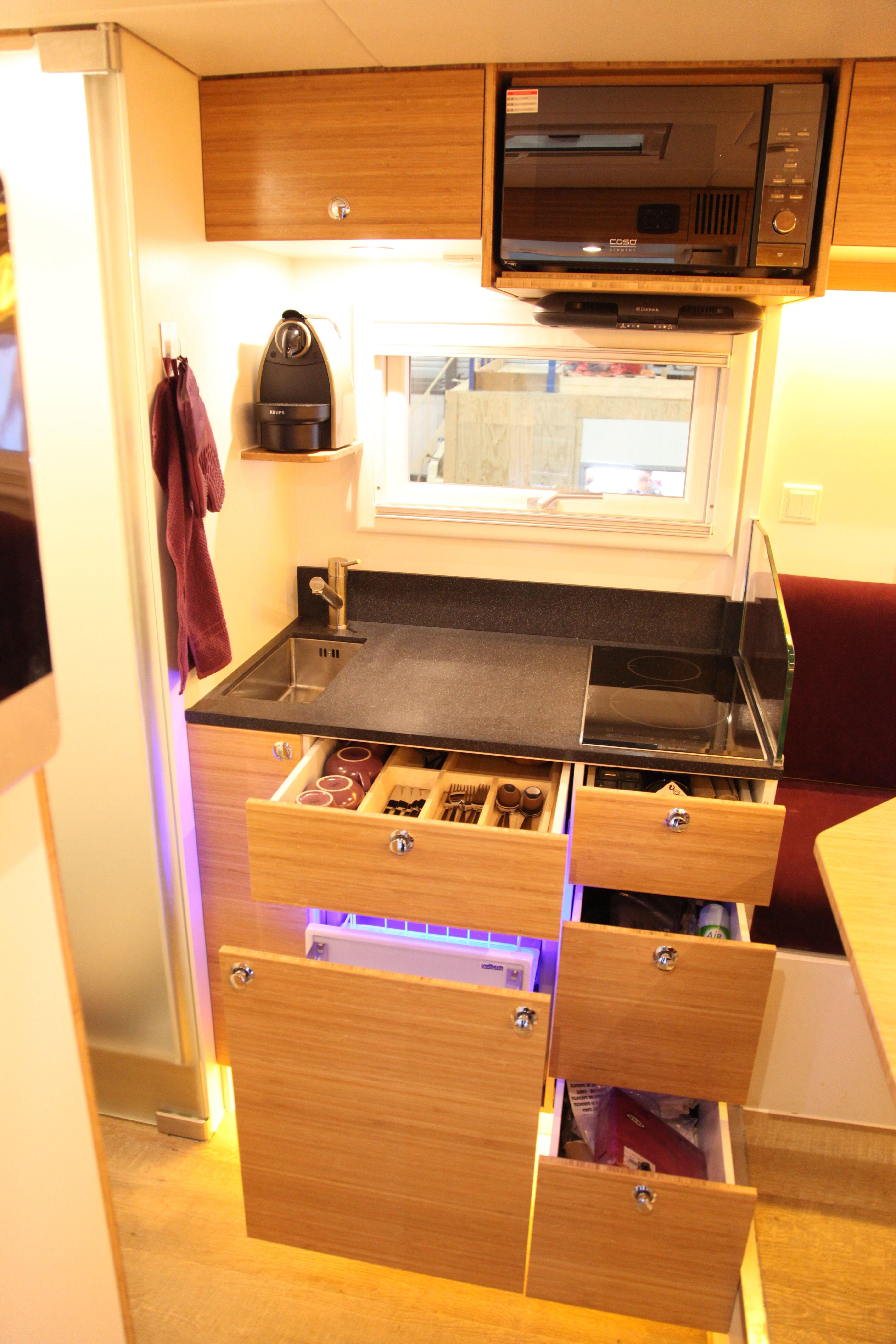15ft interior expedition vehicle bliss mobil unit bliss rh pinterest com