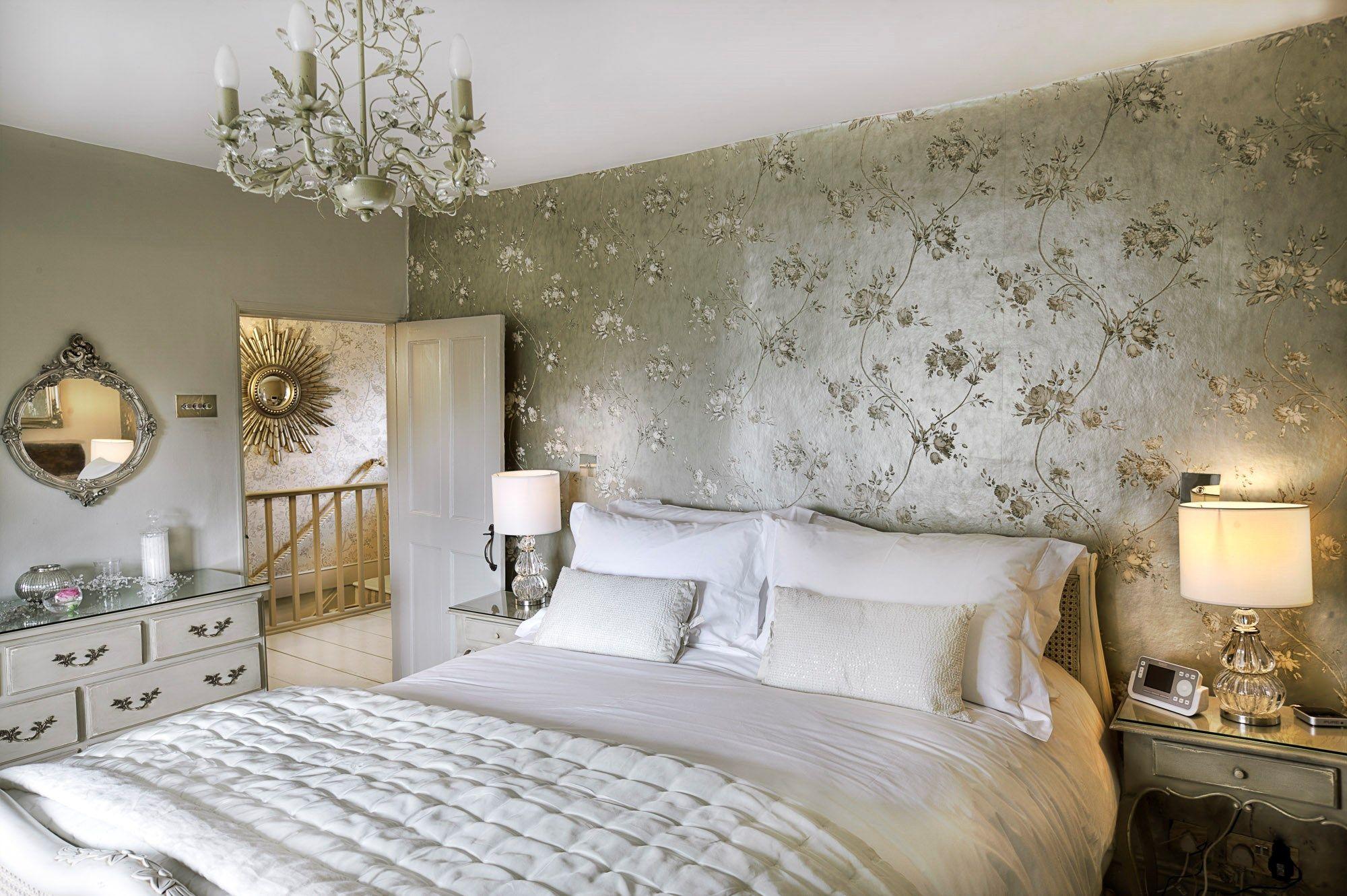 Romantic Devon Cottage For Luxury UK Honeymoons