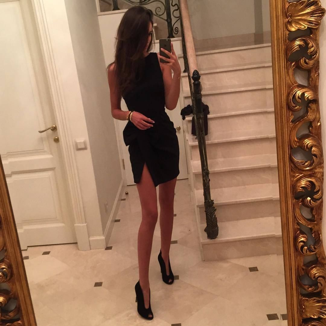 Black dress we heart it - Bild Discovered By L Amour Fou Discover And Save