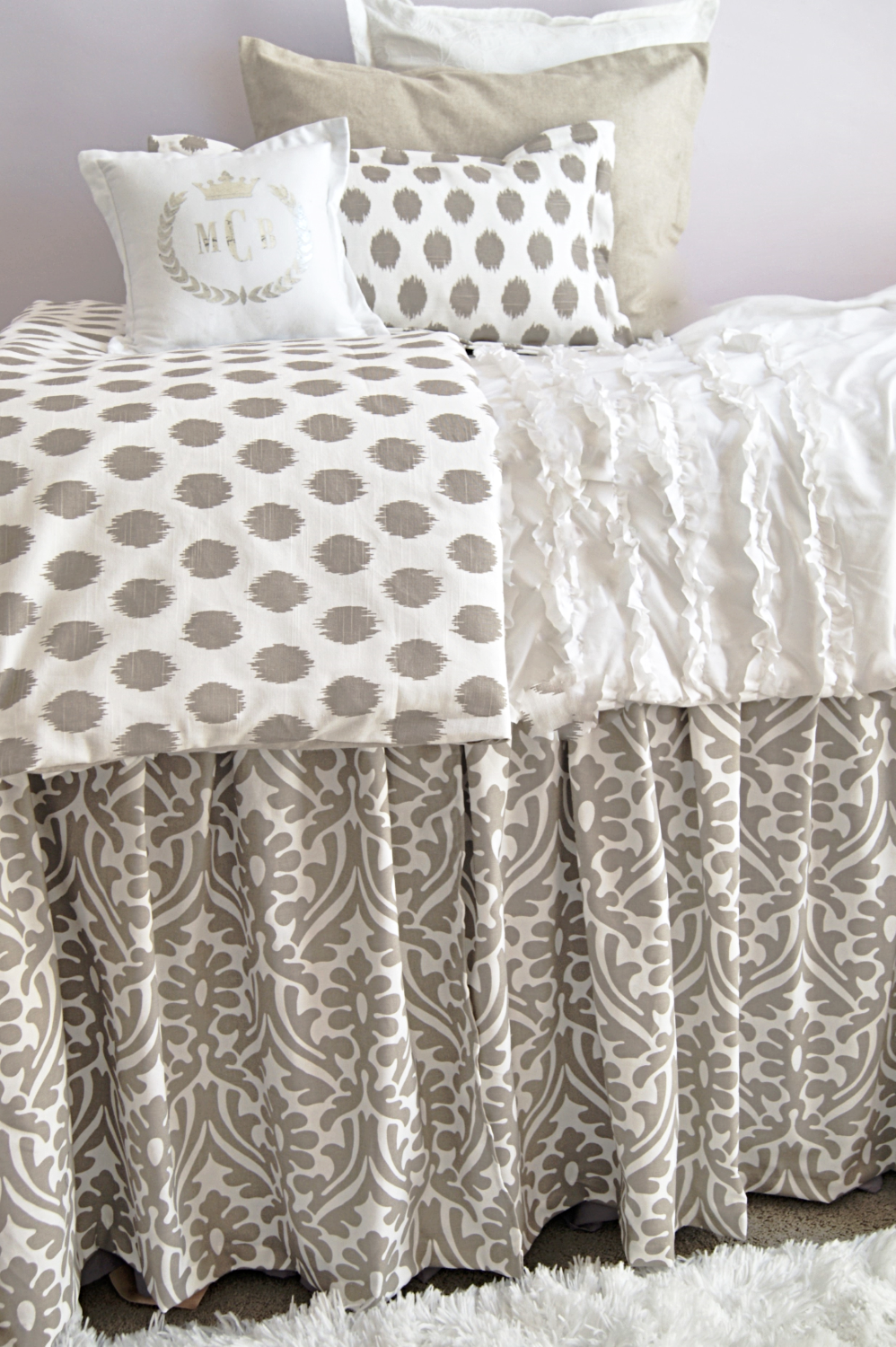 Dorm Room Bed Skirt By Couture Hide Underbed Storage With This 3 Paneled 36 Long