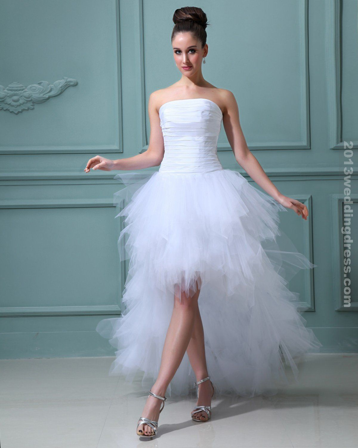 Short beach wedding dresses great elegant ruffles yarn strapless