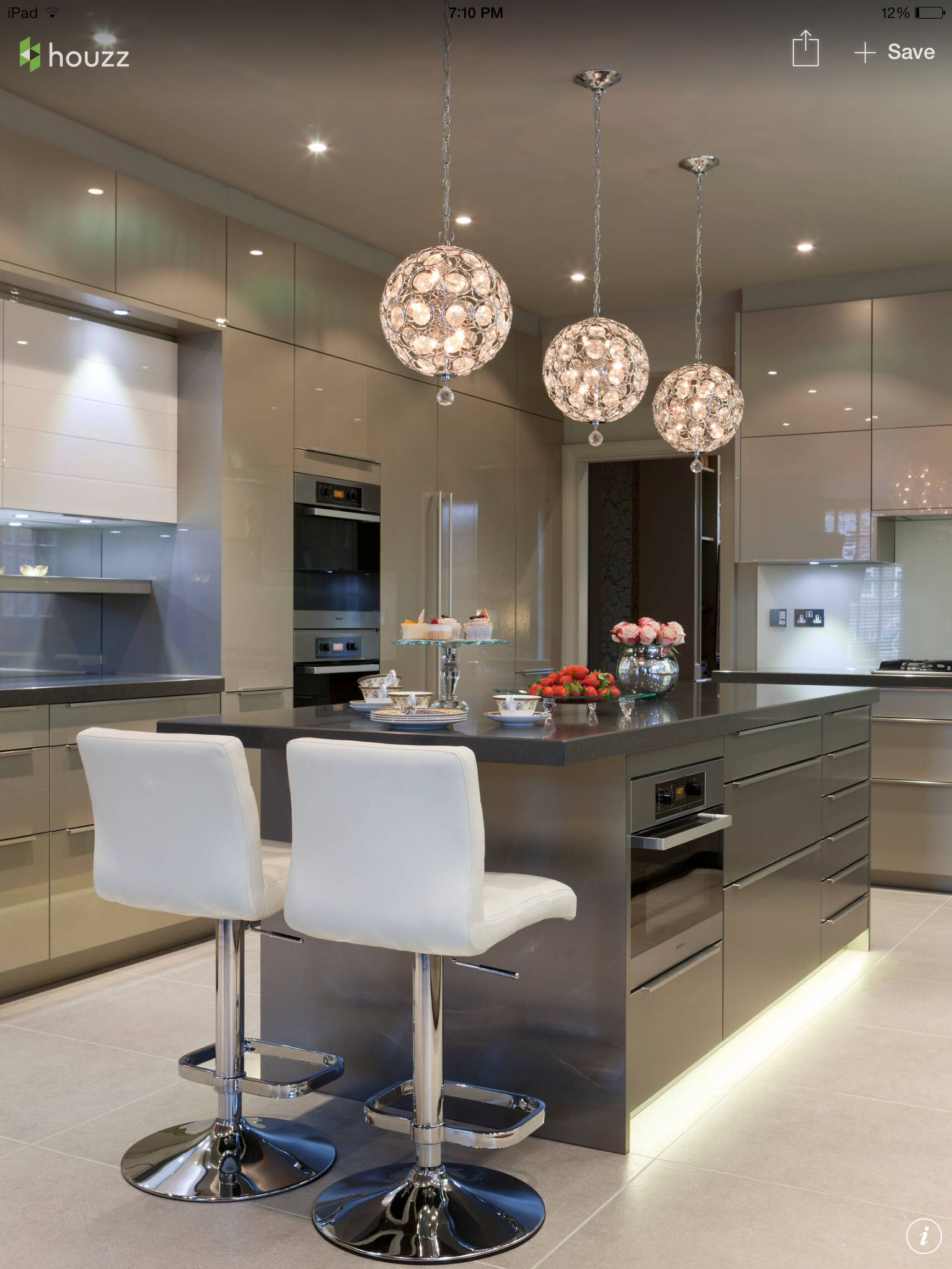 Beautiful kitchen with incredible lightening modernkitchen lightening
