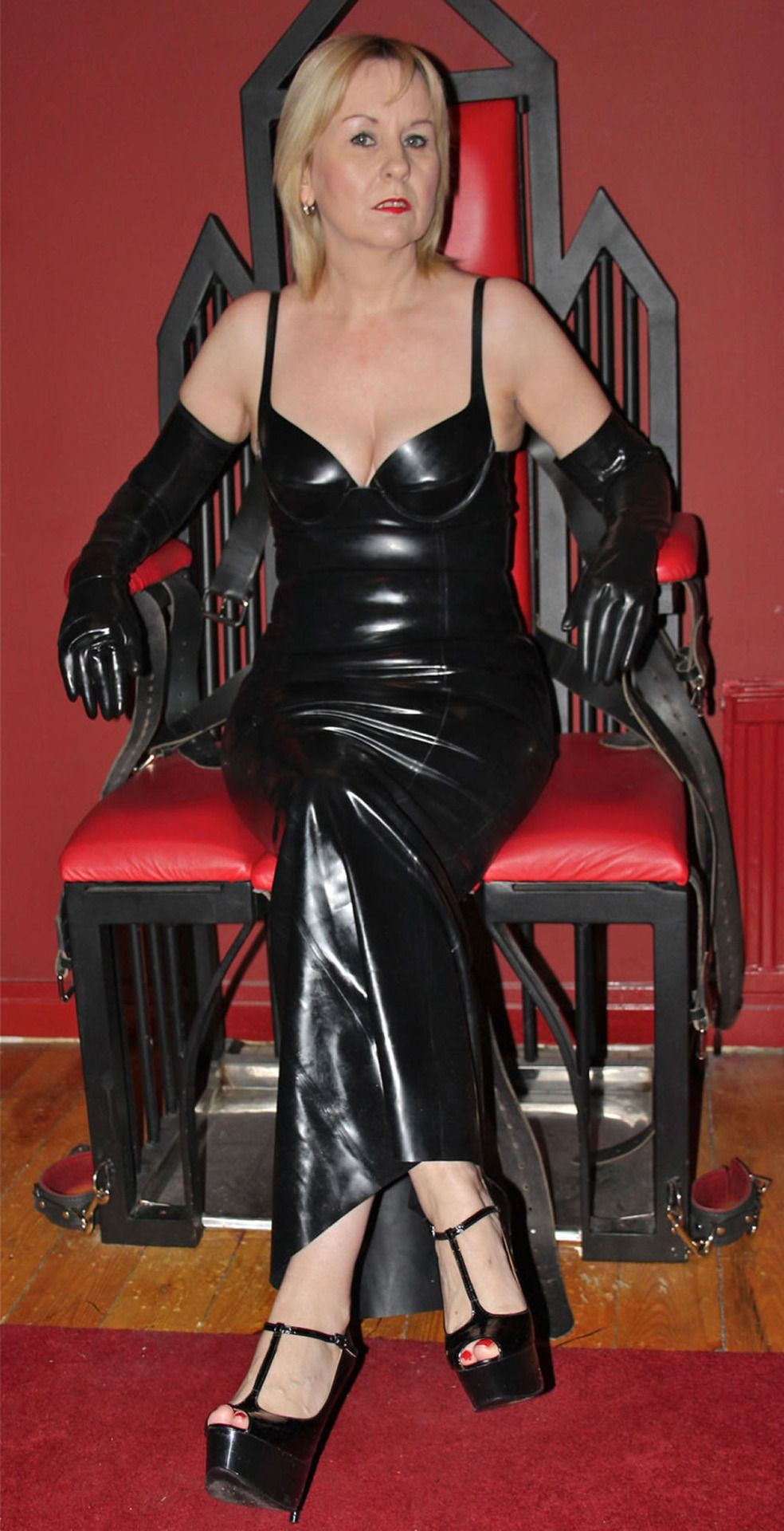 Dominatrix female mature
