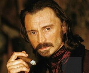 Robert Carlyle + Facial Hair
