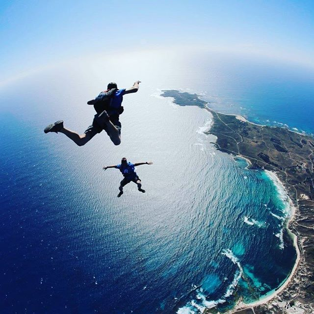 The best way to arrive on Rottnest - by parachute of course For the first time ever you can now skydive on Rottnest island with Skydive Geronimo. Get the most spectacular views of Rotto, Perth, Freo and beyond.  @skydive.geronimo #thisiswa #westernaustral