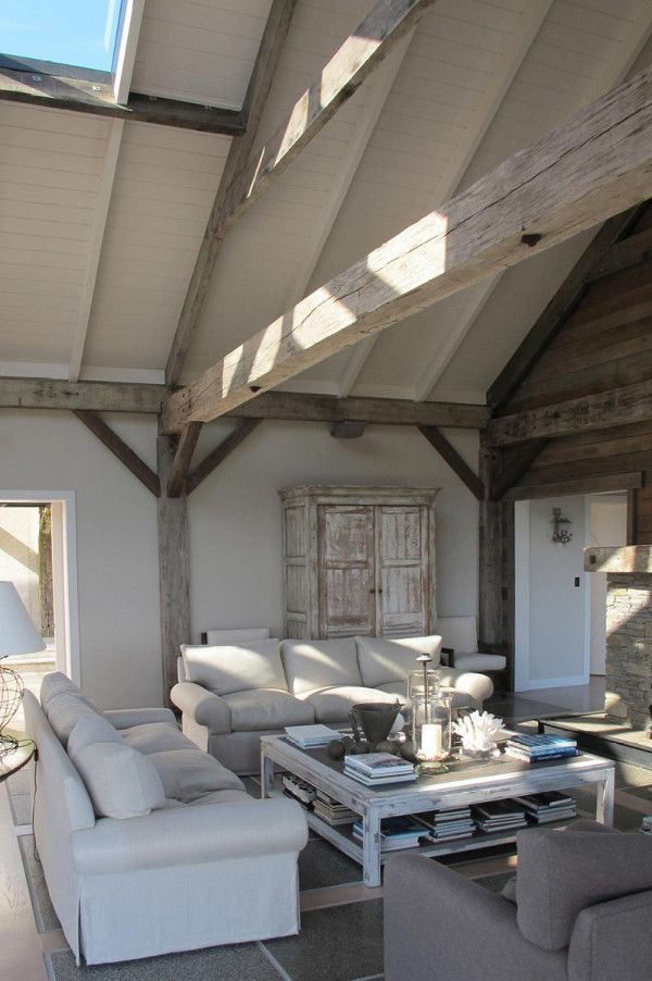 House Wooden beams remind us that itu0027s