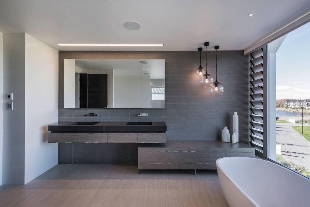 Davinia Suttonu0027s winning bathroom design features a