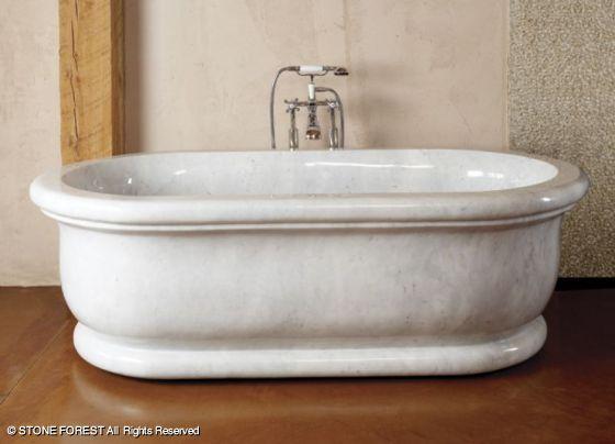 Bathtubs roman bathtub avl in carrara marble for Limestone tub