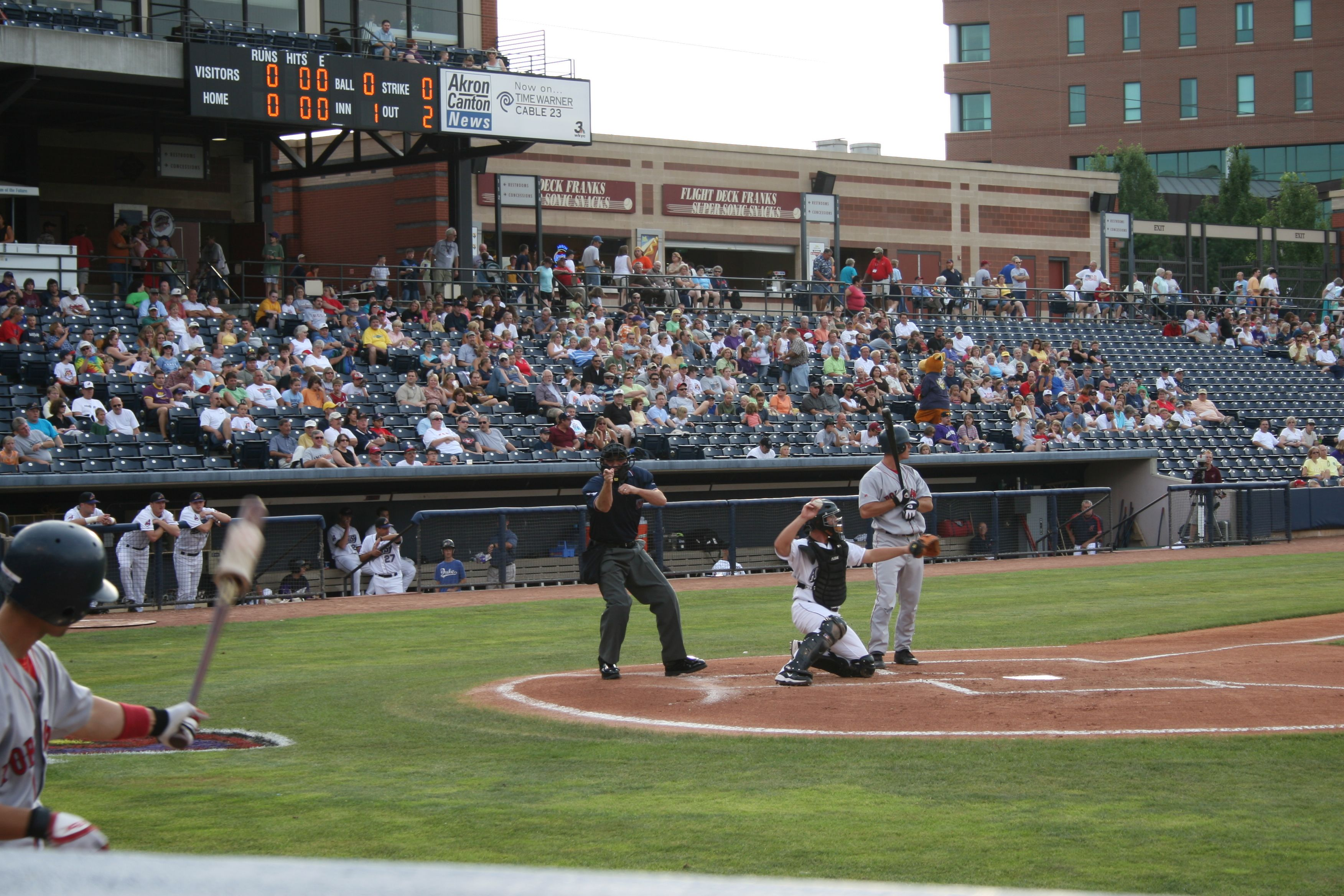 Canal Park In Akron Oh Home Of The Akron Aeros Aa Farm Club Of The Cleveland Indians Cleveland Indians Akron Baseball Field