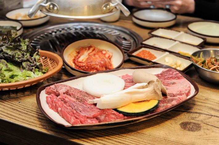 no 813 bbq restaurant seoul places korean bbq restaurant local rh pinterest com