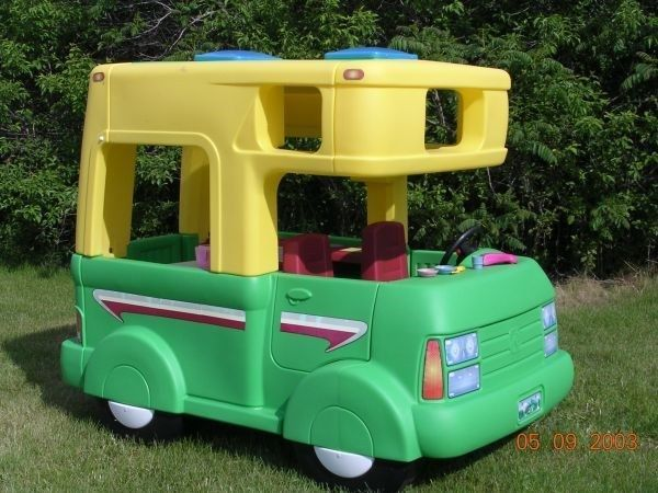 Step 2 Camper Rv Vintage Vintagestep2 Playhouse Cubby Step2 80s 90s Awesome Toddler Outdoor Play Houses Preschool Toys