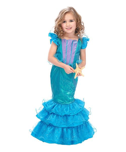 From under the sea to backyard adventures, this dress-up outfit lets mini mermaids twirl about in sea foam splendor thanks to its ruffled tutu. This effortlessly whimsical ensemble slips on easily for a marine-worthy silhouette that instantly transforms any occasion into something magical.
