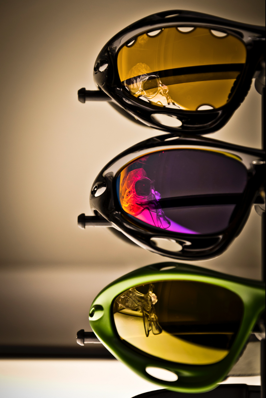 d2e5e3ab72 Fake Oakley Frogskins Vs Real Life « One More Soul