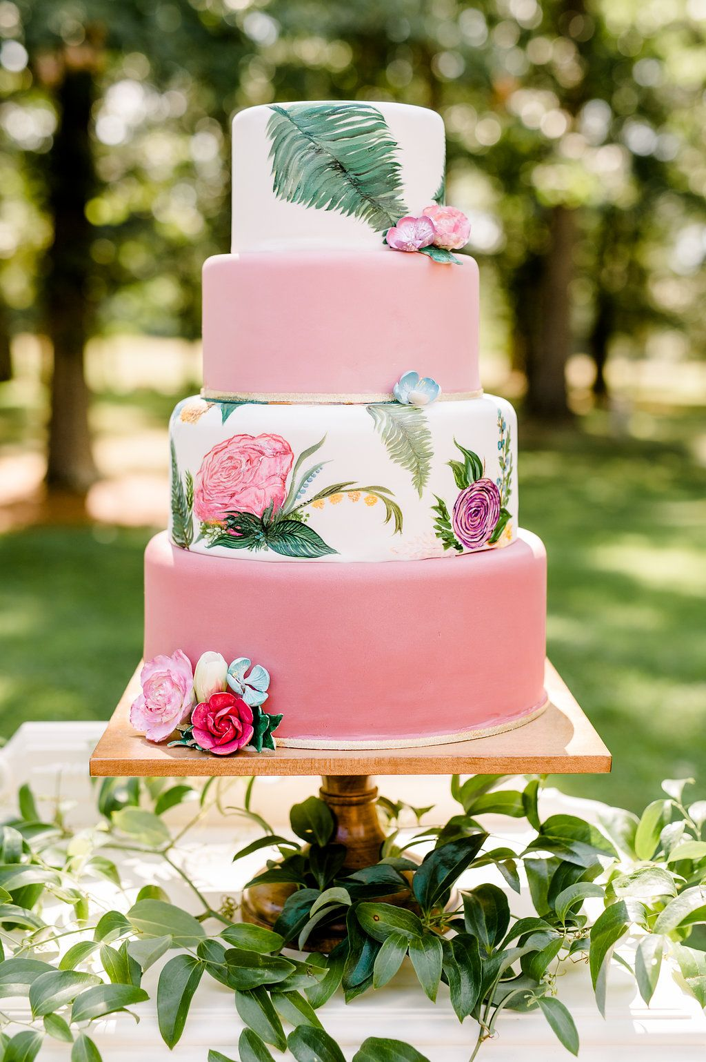 shabby chic bridal shower cakes%0A Summerfield Farms Wedding Inspiration with Organic Accents