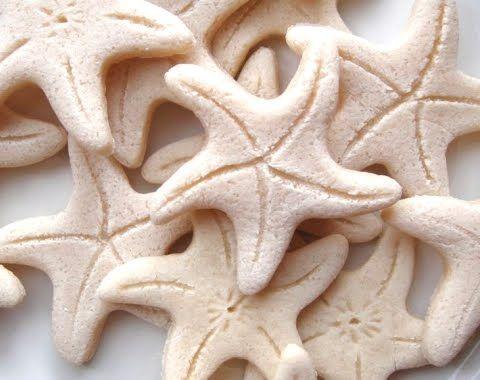 Make Salt Dough Ornaments for a Beach Theme Christmas Table #saltdoughornaments