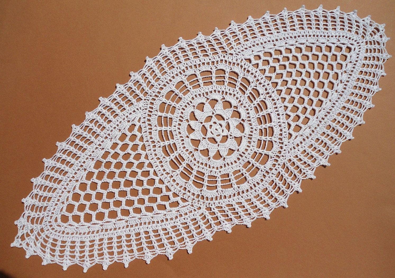 Tapetes de encaje de tapete blanco ganchillo oval, centro de mesa de ...