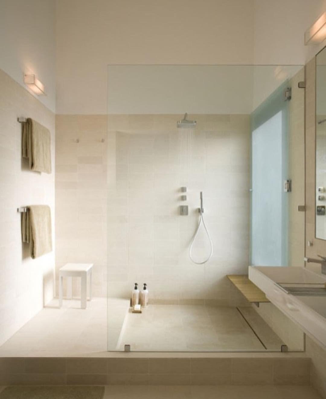 pin by nicole schlomann on home inspo bathroom modern bathroom rh pinterest com