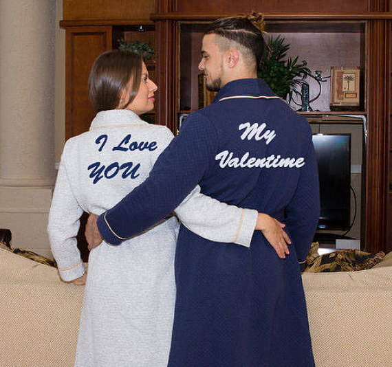 0a879ab88c Personalized Bath Robe - Valentine s Day - Groom and Bride Robes - Couples  Gifts - His and Hers Robes- King or Queen Robe - Bath Robes